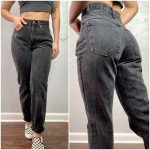 Black Vintage High waist Mom Jeans sz 4